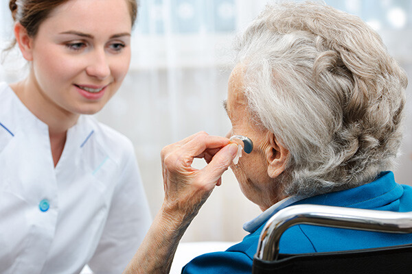 What Happens During a Hearing Aid Fitting?